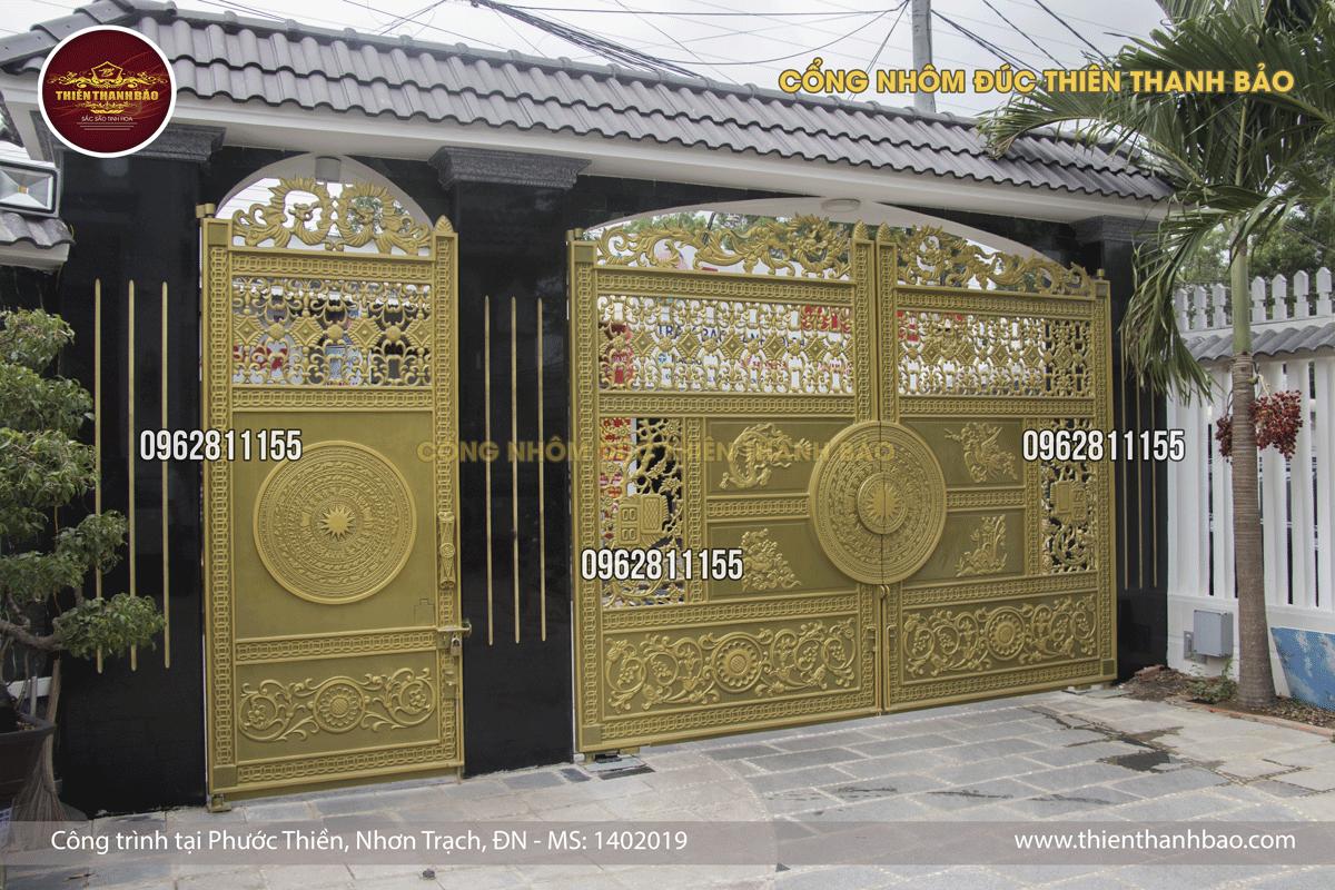 cổng nhôm đúc